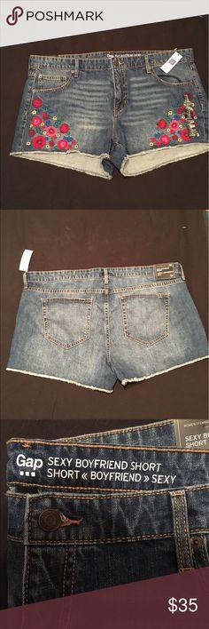 NWT Size 18/34 Sexy boyfriend shorts NWT Size 18/34 boy friend shorts; cutoff look; flower print GAP Shorts Jean Shorts