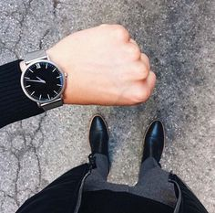 it is time for gym // watches // urban men // mens accessories // city boys // urban life // luxury life // stylish men //gym day //