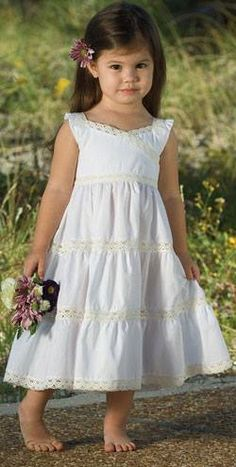 Cute Little Girl Dresses, Dresses Kids Girl, Nice Dresses, Kids Outfits, Flower Girl Dresses, Frocks For Girls, Frock Design, Baby Couture, Mode Hijab