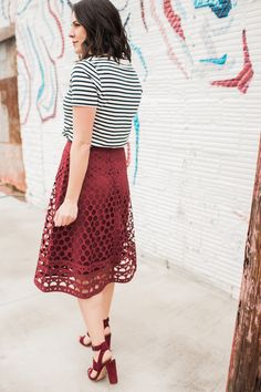 striped tee and midi skirt outfit ideas - @mystylevita