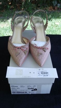 $445 New Giorgio Armani Women's Tan Med Heels Size 39M Italy US SZ 7.5M  #GiorgioArmani #PumpsClassics