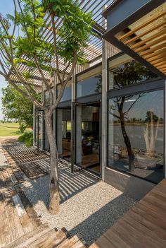 Gallery of Palermo Lake House / Reims Arquitectura - 10