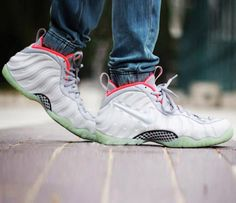 check out c5132 feec3 Nike Air Foamposite Pro Pure Platinum Yeezy Glow Wolf Grey
