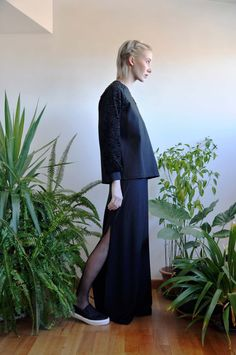 Aroma30 - Minimal chic Astrakan and jersey sweater / Long black skirt with slits