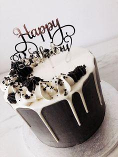 Elegant Birthday Cakes, Birthday Cakes For Teens, Homemade Birthday Cakes, Beautiful Birthday Cakes, Happy Birthday Cakes, Women Birthday, Cake Decorating Designs, Easy Cake Decorating, Birthday Cake Decorating
