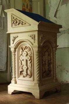 Фотография Gothic Furniture, Furniture Legs, Wooden Projects, Wood Crafts, Wooden Architecture, Church Interior, Church Design, Cardboard Furniture, Wood Veneer