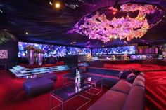"""Warner Bros & InStyle Golden Globes 2014 After Party: As the focal point of the room, 3,600 individual squares of multicolored film, connected by 14,400 metal rings, formed what the hosts billed as an """"aurora borealis of iridescent color."""""""