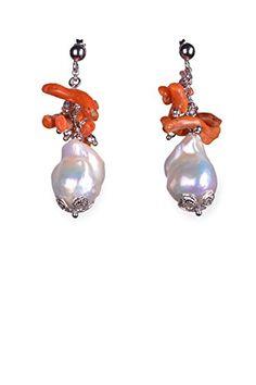 Orecchini di corallo rosso, perle e argento.