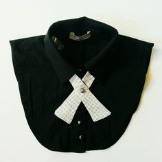 New dickey collars and crossovers tie combinations at my shop. With great offers! Womens Fashion For Work, Work Fashion, Fashion Design, Collar Redondo, Choker, Grey Bow Tie, Photo Prop, Women Bow Tie, Detachable Collar
