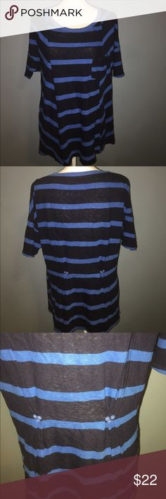 Anthropologie 9-H15 STCL blue striped top Anthropologie blue striped top with the cutest back detail! Size Large Anthropologie Tops