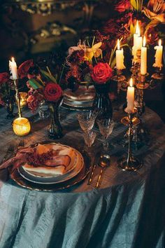 Throw a Gothic Halloween dinner party. Include entertainment, several courses spread out over the night, and of course everyone wheres victorian clothing, Table Decoration Wedding, Decoration Bedroom, Wedding Table Settings, Table Decorations, Forest Wedding, Autumn Wedding, Our Wedding, Dream Wedding, Geek Wedding