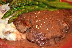 Filet Mignon with a Red Wine Cream Sauce Steak Cream Sauce, Wine Sauce For Steak, Lamb Recipes, Steak Recipes, Fish Recipes, Yummy Recipes, Beef Dishes, Fish Dishes, Main Dishes