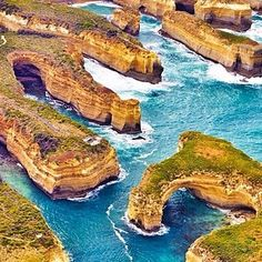 The Twelve Apostles, via The Great Ocean Road | 11 Incredible Places In Australia You Must Visit (And How To Get There)