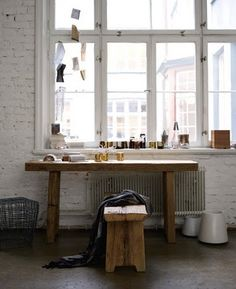 beautiful, natural and airy workspace