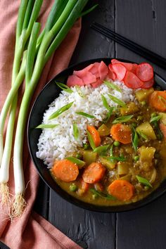 Vegan Japanese curry is a thick, stew-like dish with chunky vegetables and slightly sweet undertones. It's incredibly easy to make and immensely satisfying. Vegetarian Recipes, Cooking Recipes, Healthy Recipes, Cooking Ideas, Garam Masala, Healthy Comfort Food, Comfort Foods, Dinner Healthy, Bo Bun