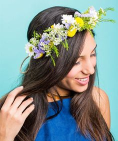 Make a stunning, fresh-flower crown in a snap with this easy how-to.