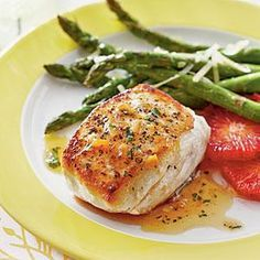 Halibut With Smoky Orange Vinaigrette The Sweet-And-Smoky Citrus Sauce Is Great .- Halibut With Smoky Orange Vinaigrette The Sweet-And-Smoky Citrus Sauce Is Great … Halibut With Smoky Orange Vinaigrette The… - Fish Recipes, Seafood Recipes, Cooking Recipes, Healthy Recipes, Fish Dishes, Seafood Dishes, Orange Vinaigrette Recipes, 15 Minute Meals, Snack