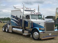 Peterbilt tractor truck #whatsyourplayground? #asphalt Share your playground with us at www.boltups.com