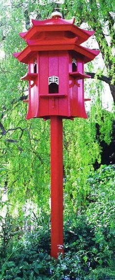 Willow - Bird Dovecote (Awwww.... so ein Taubenhaus, aber in weiß, hatten wir in der Nachbarschaft, als ich noch ein Kind war.)