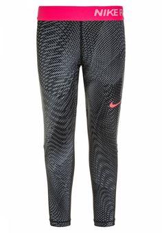 Nike Performance. PRO ALLOVER - Tights - black/racer pink. Materiaal buitenlaag:80% polyester, 20% elastaan. tailleband:elastisch. binnenbeenlengte:52 cm bij maat 128/140. patroon:print. heuphoogte:normaal. buitenbeenlengte:68 cm bij maat 128/140. lengte:e...