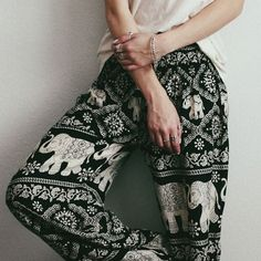 I have these same exact pants!! lol