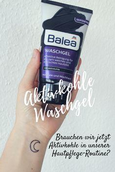 Habt ihr schon die neuen schwarzen Beautyprodukte von Balea & Co. entdeckt? Aktivkohle hat nun auch die Beautyszene erreicht, nachdem wir schon schwarzes Beautywasser getrunken haben und ich auch einige Zahnreinigungsmittel mit Kohle gesehen habe.