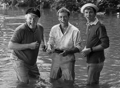 The Skipper, The Professor and Gilligan. All gone :( RIP gents From left: Alan Hale Jr., as the Skipper, Russell Johnson as the Professor and Bob Denver as Gilligan in Mary Ann And Ginger, Alan Hale Jr, Giligans Island, Russell Johnson, The Lone Ranger, Old Shows, Comedy Tv, Classic Tv, Classic Films