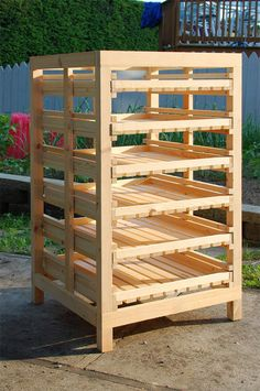 Harvest Rack Wood Projects, Woodworking Projects, Solaire Diy, Soap Cutter, Vegetable Storage, Root Cellar, Soap Display, Soap Shop, Bath Melts