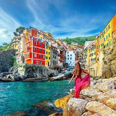 Riomaggiore - Italy 💖💖💖 Pic by ✨@halzaim✨ . #bestplacestogo for a feature 💖