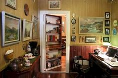 A personal office space hidden inside a personal office space: 31 Beautiful Hidden Rooms And Secret Passages Hidden Spaces, Hidden Rooms, Hidden Door Bookcase, Safe Room, Home Libraries, Secret Rooms, Architecture Design, Home Goods, New Homes