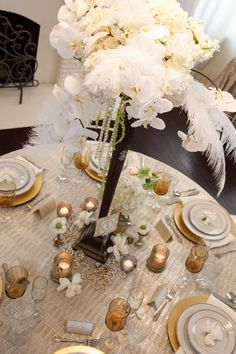 Absolutely love this 20s inspired centerpiece shop wedding flowers and wedding decorations www.afloral.com #afloral