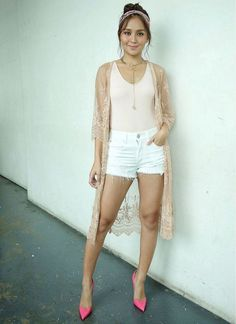 🖖🏻 Everything About KathNiel🤘🏻 ( Kathryn Bernardo Outfits, Iran Girls, Filipino Girl, Daniel Padilla, Bandana Hairstyles, Off Shoulder Tops, Beautiful Actresses, Star Fashion, Casual Looks