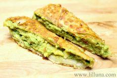 Cheesecake Factory's Avocado Egg Rolls Copy Cat Recipe - just like it! #appetizer #eggrolls #lilluna