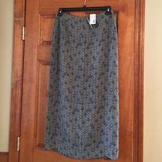 Geoffrey Beene Sport Skirt NWT Size 10 Beautiful NWT Geoffrey Beene Sport Skirt Size 10. Maxi length. Back zip. Fully lined. Geoffrey Beene Skirts Maxi