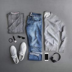"11.8k Likes, 117 Comments - Phil Cohen (@thepacman82) on Instagram: ""Monday. Just the basics. T-Shirt: @apolis Transit Issue Merino Sweatshirt: @toddsnyderny Shoes:…"""