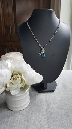 Items similar to Short Necklace briolette blue stainless steel, Swarovski crystals , ohm , yoga on Etsy Blue Necklace, Short Necklace, Silver Plate, Swarovski Crystals, Stainless Steel, Chain, Stone, Pendant, Etsy