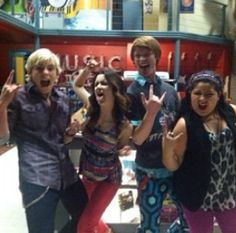 Austin and Ally cast <==I am seriously in love with this show and I refuse to be ashamed about it!