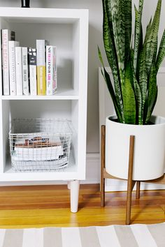 3 Ways to Style and Use Ikea's Kallax (Expedit) Shelf | The Everygirl