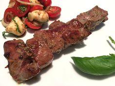 Tomate Mozzarella, Steak, Carp, Meat, Crickets, Food Dinners, Food Food, Cooking, Steaks