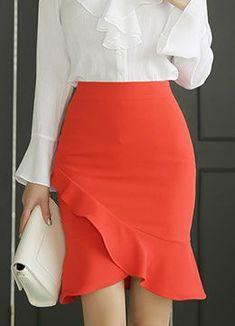 Romantic Ruffle Tulip Hem Pencil Skirt Korean Women`s Fashion Shopping Mall, Styleonme. New Arrivals Everyday and Free International Shipping Available. Skirt Outfits, Dress Skirt, Tulip Skirt, Modest Fashion, Fashion Dresses, Women's Fashion, Outfit Trends, Asymmetrical Skirt, Cute Skirts