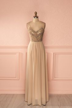 Robe longue bretelles fines voile beige paillettes dorées - Beige veil golden sequined bust thin straps open-back gown