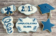 Simply Sweets by Honeybee: Graduation Cookies Baby Shoes Tutorial - Baby Shower Cake - Cake Central Chocolate chip cookie dough brownie pie. No Bake Sugar Cookies, Fancy Cookies, Iced Cookies, Cupcake Cookies, Birthday Cookies, Cookie Icing, Chocolate Chip Cookie Dough, Royal Icing Cookies, Cookie Cutters