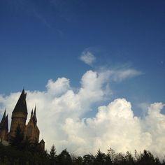今日の平和!(^_^) Peace For Today! (^_^) Osaka Japan #today #peace #sky #osaka #japan #Harry Potter #usj #今日 #平和 #空 #大阪 #日本 #ハリーポッター