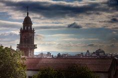 Tardes de paseo por #compostela!! Dónde estamos?  #santiago #apostol #galicia #landscapes #paisajes #pics #artpics