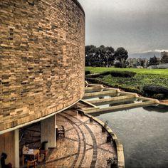 Bogotá Biblioteca Pública Virgilio Barco Brick Architecture, Amazing Architecture, Spanish Pronunciation, Santa Fe, Country, City, World, Places, Landscapes