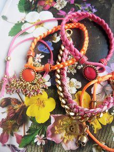 we believe in accessoires...  http://www.musthave.de