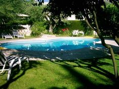 Cottage in Alpes-Maritimes, France. Holiday cottages in Alpes-Maritimes and Provence-Alpes-Côte d'Azur. Air conditioned cottage with pool within 5 mins walk from Vence. Provence, Cottages With Pools, Catering, France, Outdoor Decor, Holiday, Vacations, Catering Business, Gastronomia