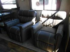 2016 New Crossroads Cruiser 365BL Fifth Wheel in Georgia GA.Recreational Vehicle, rv, 2016 CrossRoads Cruiser 365BL, 2016 CRUISER 365BL: REAR LIVING FLOOR PLAN W/ MID BUNK/LOFT, ESPRESSO INTERIOR, SELECT PACKAGE, GROUND CONTROL 3.0 ELECTRIC LEVELING SYSTEM, MAXFAN - BATHROOM, SPARE TIRE, DELUXE PULL SHADES, MAXX AIR POWER VENT W/ RAIN SENSOR IN KITCHEN, NITROGEN FILLED TIRES, WASHER/DRYER PREP, DARK TINTED SAFETY GLASS WINDOWS, 15K DUCTED AIR SYSTEM W/ QUICK COOL, ROTO FLEX PIN BOX, PAINTED…