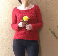 Ravelry: Lucy's Diamonds Pullover pattern by Ela Torrente