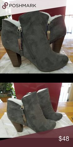 💝NEW!!💝Gray Booties!! Super cute gray suede booties Shoes Ankle Boots & Booties